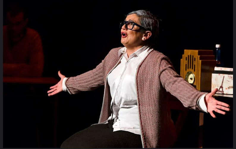 «La profesora Rosalba Scholasticus» de Zálatta Teatro llega este jueves 17 de enero a La Ranilla Espacio Cultural a las 20:00 horas